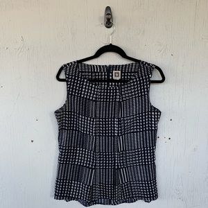 Anne Klein Black Pleated Sleeveless Blouse Top